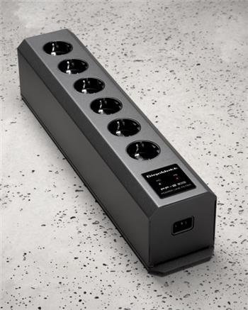 GigaWatt PF-2 EVO Power Strip
